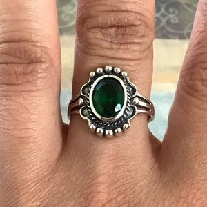 Jewelry - Sterling Silver Braided Victorian Emerald Ring